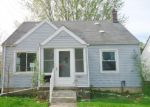 Foreclosed Home in Dearborn Heights 48125 STANFORD ST - Property ID: 907601412