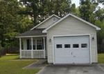 Foreclosed Home in New Bern 28562 ENGLISH IVY LN - Property ID: 960476703