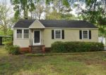 Foreclosed Home in Vicksburg 39180 ROSELAND DR - Property ID: 983449755