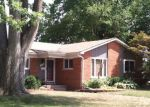 Sheriff Sale in Livonia 48152 PARKER ST - Property ID: 70103974136
