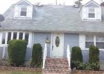 Short Sale in Westbury 11590 ELIZABETH ST - Property ID: 6163364258