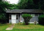 Short Sale in Southampton 11968 N MAGEE ST - Property ID: 6204443597