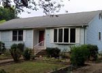 Short Sale in Rochelle 22738 JACKS SHOP RD - Property ID: 6207646950