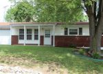 Short Sale in High Ridge 63049 E RAINBOW DR - Property ID: 6209348464