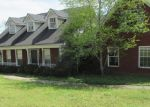 Short Sale in Loganville 30052 FOXBERRY RUN - Property ID: 6232638161