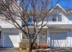 Short Sale in Central Islip 11722 SUMMERFIELD CIR - Property ID: 6234014276