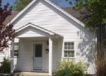 Short Sale in Jerseyville 62052 E PEARL ST - Property ID: 6235977280