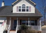 Short Sale in Shirley 11967 ROBINSON DR - Property ID: 6237963942