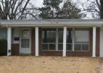 Short Sale in Florissant 63033 YEARLING DR - Property ID: 6244218191
