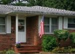 Short Sale in Wood River 62095 W JENNINGS AVE - Property ID: 6246693182
