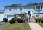 Short Sale in Toms River 08757 LAKEVIEW DR - Property ID: 6250926207