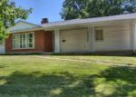 Short Sale in Warrenton 63383 PERSHING DR - Property ID: 6258006499