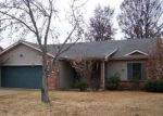Short Sale in Jonesboro 72404 S CARAWAY RD - Property ID: 6259374738