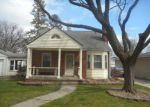Short Sale in Redford 48239 MERCEDES - Property ID: 6275971316