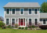 Short Sale in North Aurora 60542 SHARON LN - Property ID: 6278640327