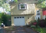 Short Sale in Mastic 11950 MORICHES AVE - Property ID: 6281087286