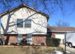 Short Sale in Streamwood 60107 WILLIAMSBURG DR - Property ID: 6281584387