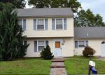 Short Sale in Toms River 08755 VILLAGE RD - Property ID: 6288710222