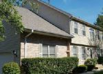 Short Sale in Streamwood 60107 LAUREL OAKS DR - Property ID: 6288916966