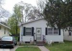 Short Sale in Lansing 48915 ROBERTSON AVE - Property ID: 6289318128