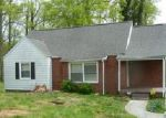 Short Sale in Knoxville 37920 LAKE SHORE DR - Property ID: 6289602833