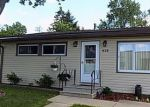 Short Sale in Dekalb 60115 CULVER ST - Property ID: 6293027339