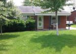 Short Sale in Louisville 40229 OXFORD LN - Property ID: 6294147679