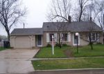 Short Sale in Streamwood 60107 E BRIARWOOD DR - Property ID: 6294516900