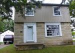 Short Sale in Lansing 48910 LORAINE AVE - Property ID: 6294820853