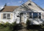 Short Sale in Bridgeport 06610 EDNA AVE - Property ID: 6295109912