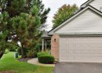 Short Sale in Elgin 60123 COLLEGE GREEN DR - Property ID: 6296204852