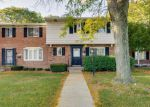 Short Sale in Harper Woods 48225 VERNIER RD - Property ID: 6296423384