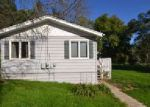 Short Sale in Wonder Lake 60097 BAYVIEW RD - Property ID: 6296849539