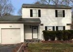 Short Sale in Central Islip 11722 PEACH ST - Property ID: 6303309658