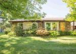 Short Sale in Temperance 48182 WHITEWOOD - Property ID: 6305971216