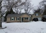 Short Sale in Waterford 48329 LOON LAKE SHORES RD - Property ID: 6306907617