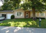 Short Sale in Spring Grove 60081 W GREENWOOD AVE - Property ID: 6306917237
