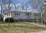 Short Sale in East Haven 06512 JILLSON DR - Property ID: 6307751142