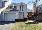 Short Sale in Ballwin 63021 HIGHVIEW CIRCLE DR - Property ID: 6309079975