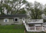 Short Sale in Silvis 61282 ORCHARD CT - Property ID: 6309841150