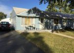 Short Sale in Hometown 60456 W 88TH PL - Property ID: 6310442950