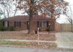 Short Sale in New Albany 47150 RED FOX DR - Property ID: 6311046913