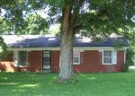 Short Sale in Frankfort 40601 PRESTON WAY - Property ID: 6312777333