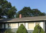Short Sale in Aurora 60506 FORAN LN - Property ID: 6313266557
