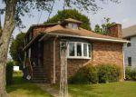 Short Sale in Waterbury 06706 EDGEWOOD AVE - Property ID: 6315350889