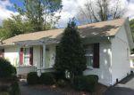 Short Sale in Louisville 40214 WESTVIEW DR - Property ID: 6315372779
