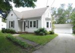 Short Sale in Green Bay 54301 BEAUPRE ST - Property ID: 6315447223