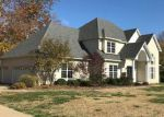 Short Sale in High Ridge 63049 COUNTRY CLUB DR - Property ID: 6317813606
