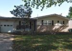 Short Sale in Hazelwood 63042 HOLIDAY AVE - Property ID: 6318001947