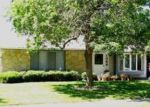 Short Sale in Elgin 60120 LEAWOOD DR - Property ID: 6318036983